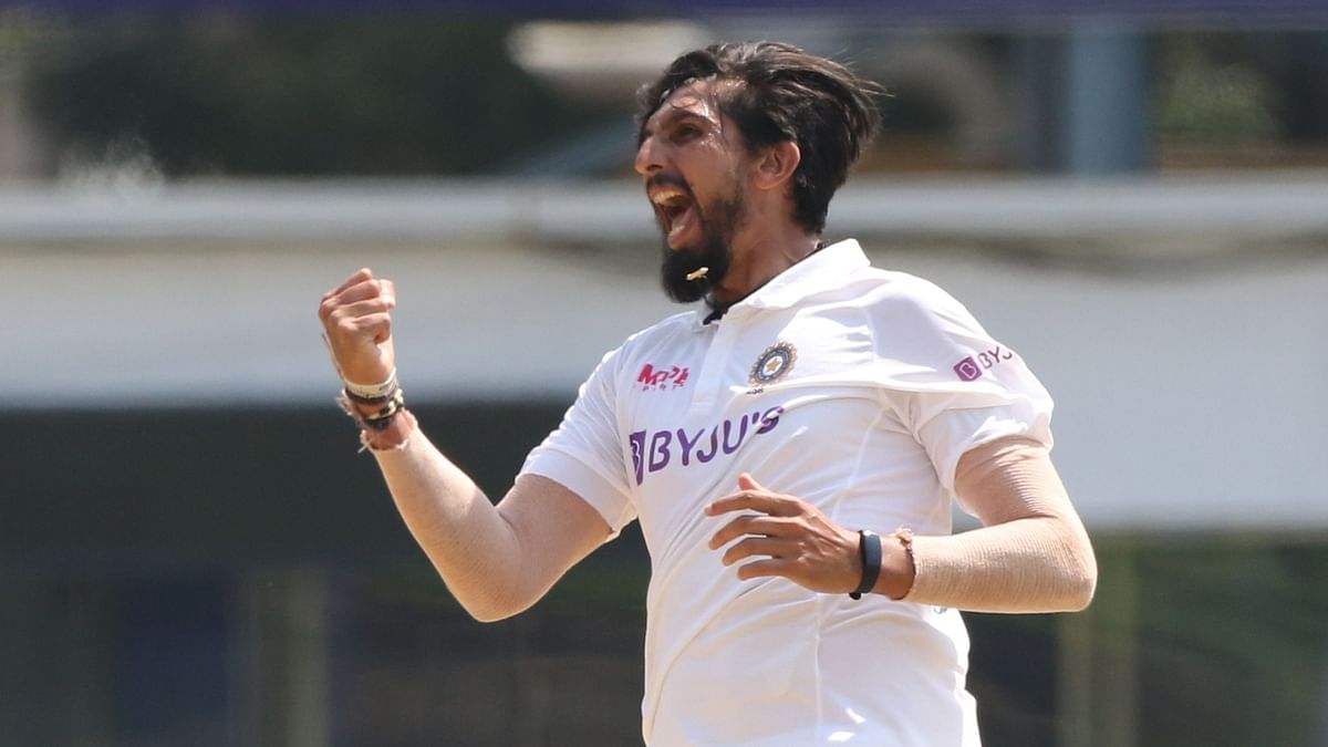 Tall Ishant Manages Stress On Joints Well to Reach 300-Wicket Mark
