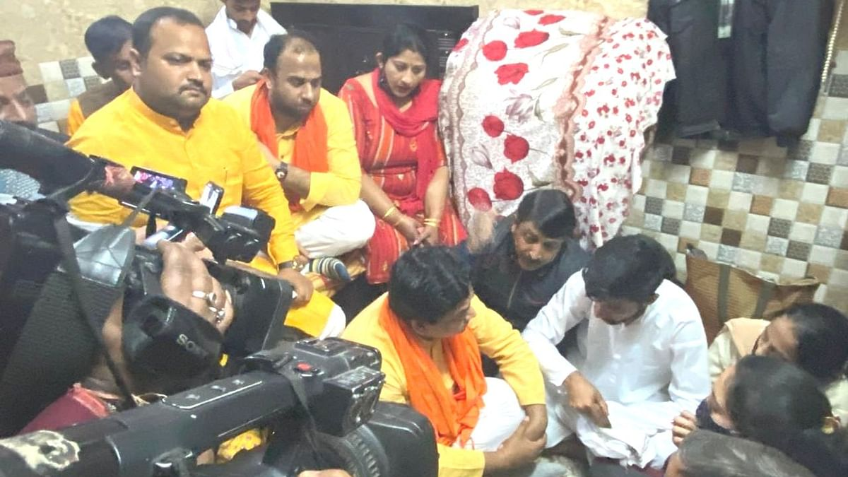Rinku Sharma Murder: How Groups Are Stoking  Fear in Mangolpuri