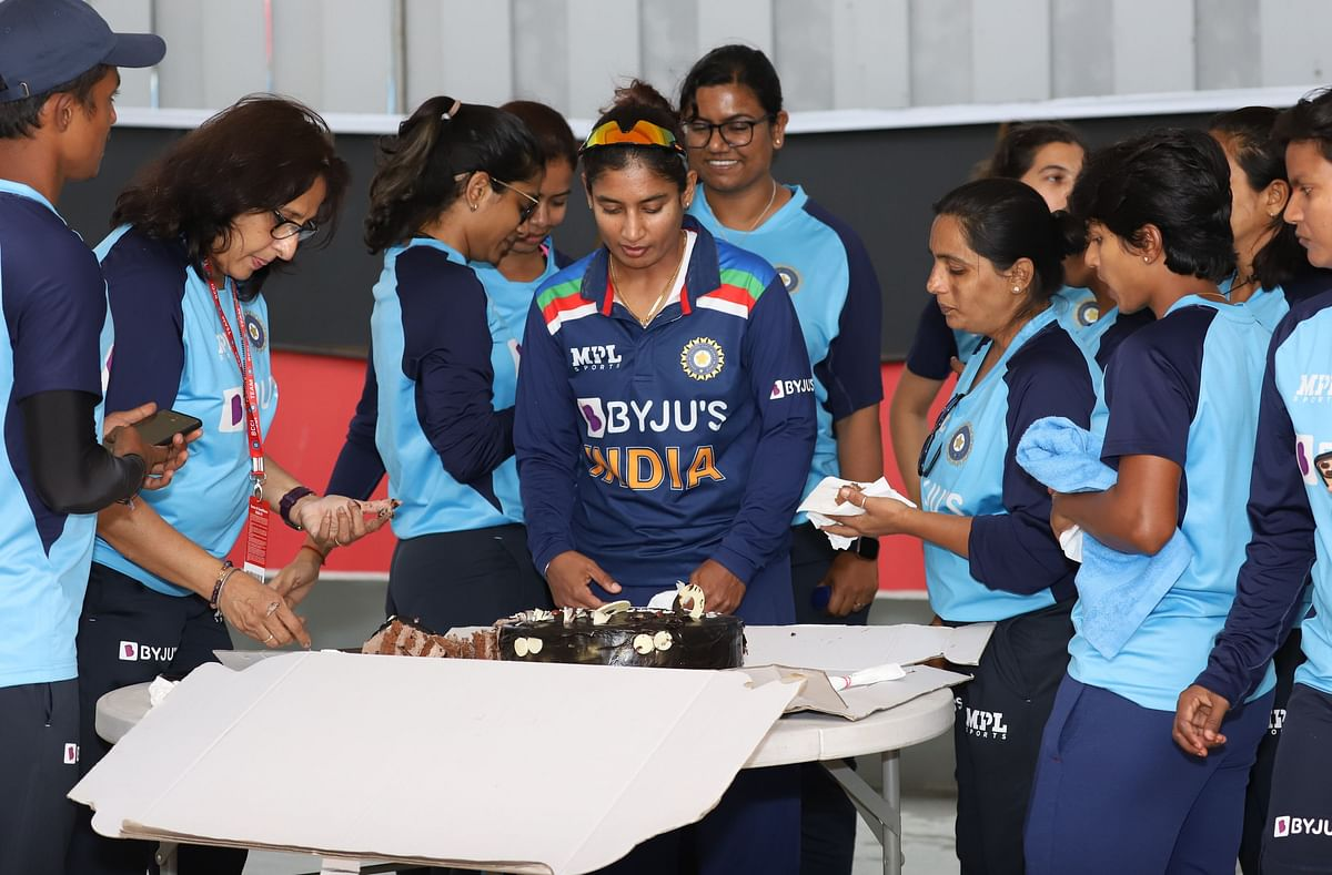 Former Players Celebrate Mithali as She Achieves Another Landmark