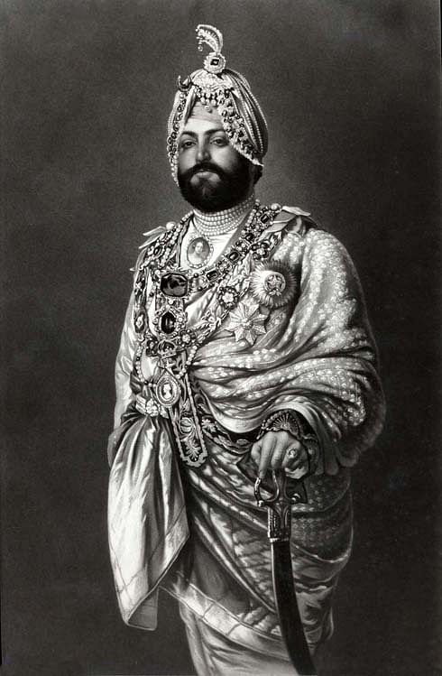 Maharajah Duleep Bassi dressed for a State function, c. 1875, oil painting by Capt. Goldingham of London.