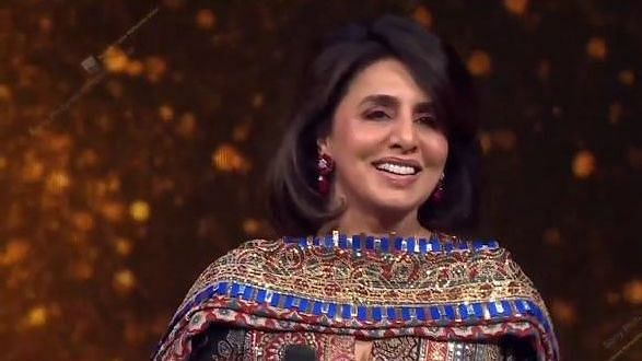 "<div class=""paragraphs""><p>Neetu Kapoor in a still from the Indian Idol 12 Rishi Kapoor special episode</p></div>"