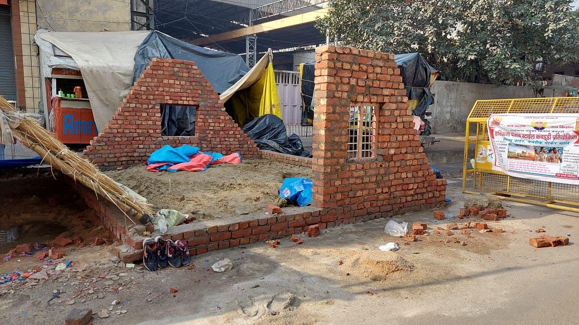Kisan Social Army Constructs Permanent Shelters at Tikri Border