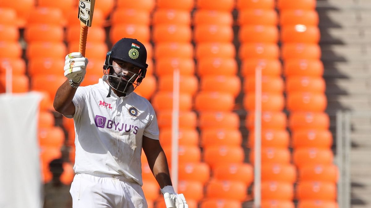 Pant & Sundar Defy English Bowlers, India Lead by 89 at Stumps