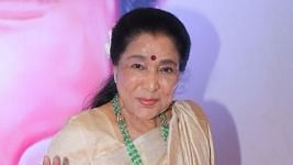 "<div class=""paragraphs""><p>Asha Bhosle.</p></div>"