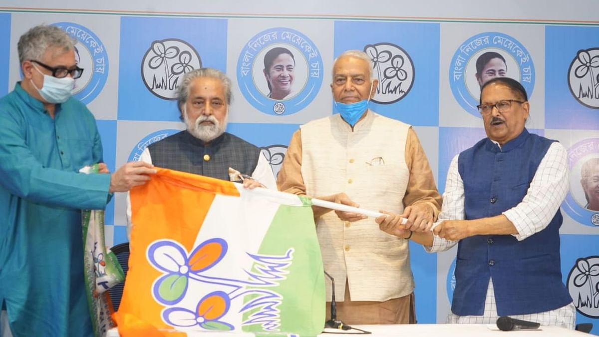 Former Union minister and BJP leader Yashwant Sinha joined the Trinamool Congress in Kolkata on Saturday, 13 March, just days ahead of the elections in West Bengal.