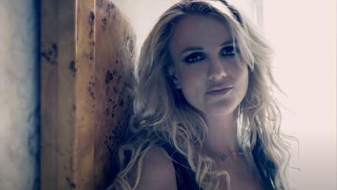 "<div class=""paragraphs""><p>Singer Britney Spears</p></div>"