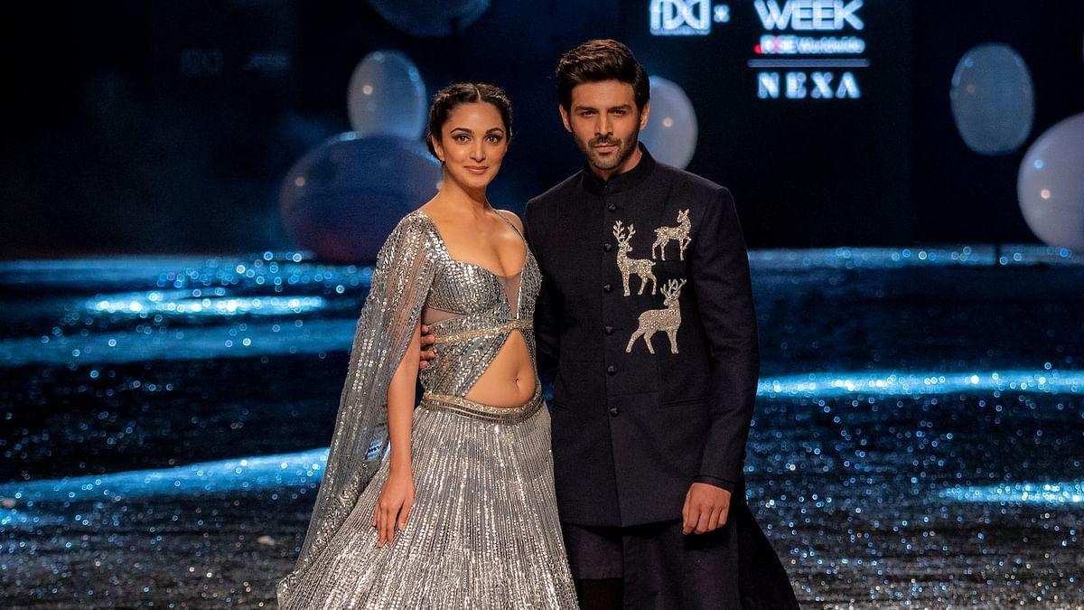 Kiara Advani, Kartik Aaryan Walk the Ramp at Fashion Week