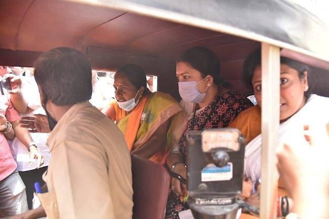 Irani even took an auto ride with Vanathi Srinivasan on Saturday, before addressing a meeting of BJP workers in the constituency.