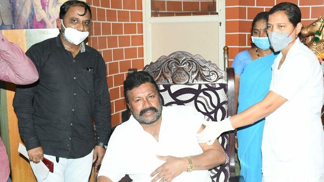 Karnataka's Agri Min Gets Inoculated at Home, Invites Criticism