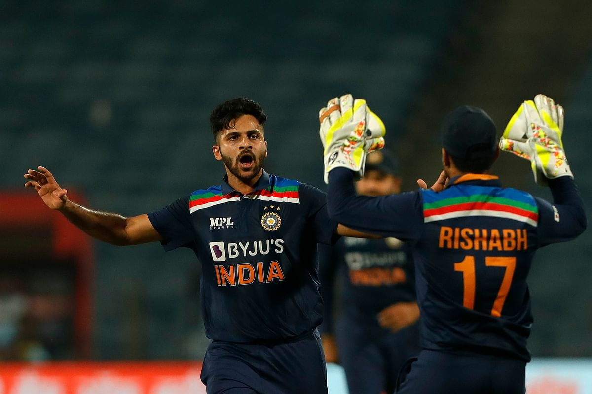 Kohli Criticises Scheduling, Says Bhuvi Deserved Man of Series