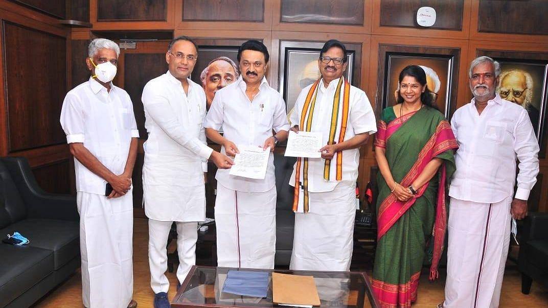 BJP & Congress to Battle in 5 Constituencies for TN Elections 2021