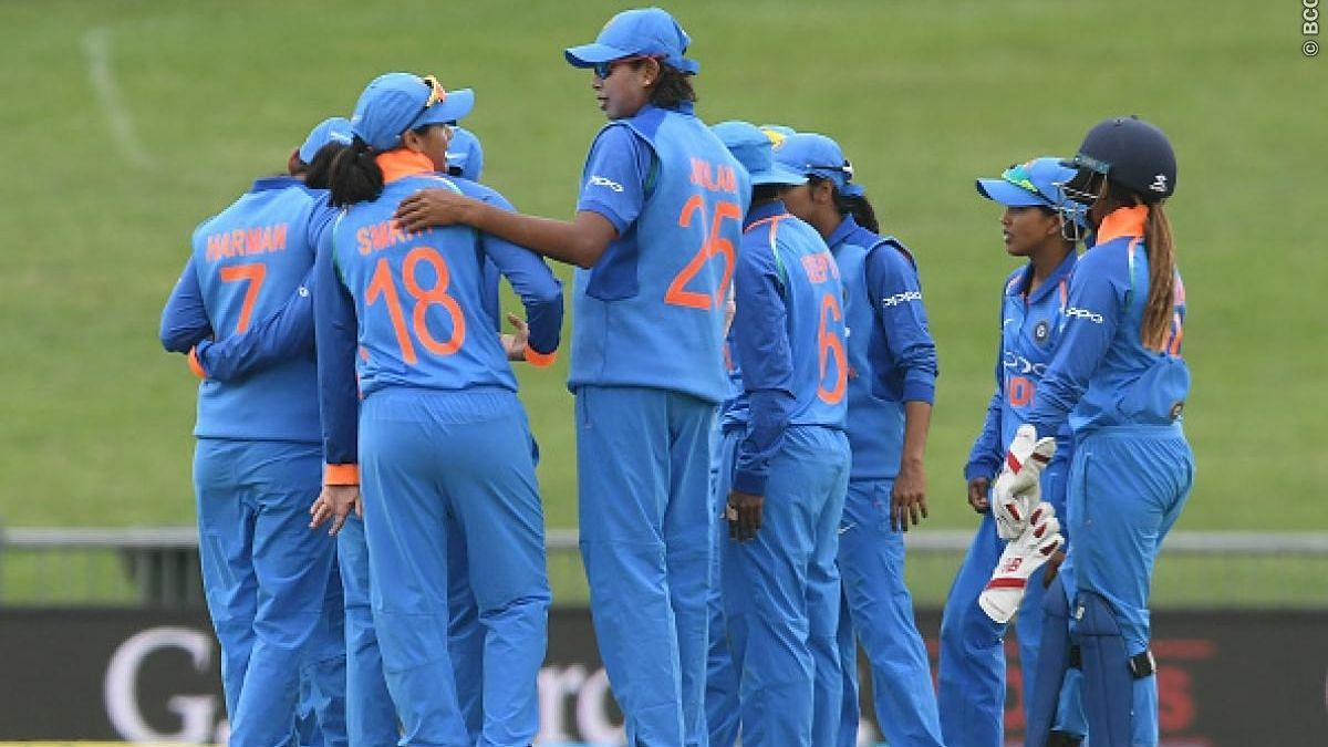 SA Women's Team Trump India, Win First ODI By 8 Wickets