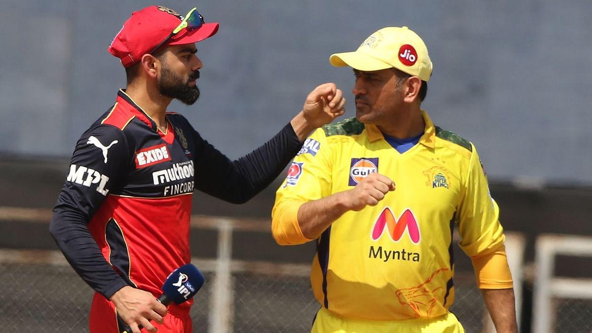 Virat Kohli and MS Dhoni at the toss.
