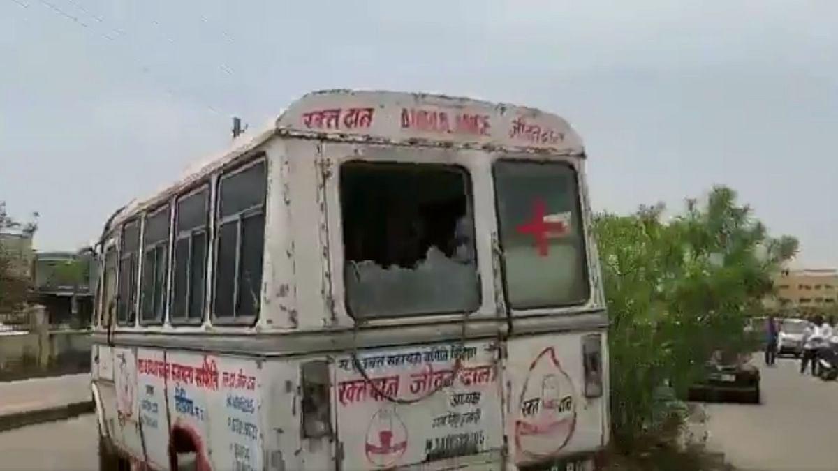 Ambulance on its way out of Vidisha Medical College.