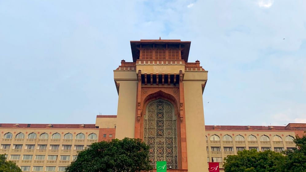 Delhi Govt to Withdraw Order on 5-Star COVID Facility for Judges