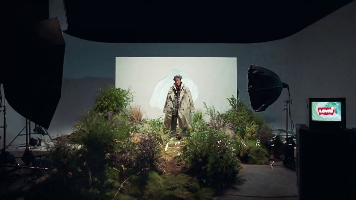 "<div class=""paragraphs""><p>Actor Jaden Smith is on a mission to combat the global water crisis.</p></div>"