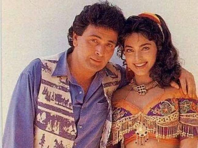 Juhi Chawla and Rishi Kapoor in <i>Bol Radha Bol.</i>