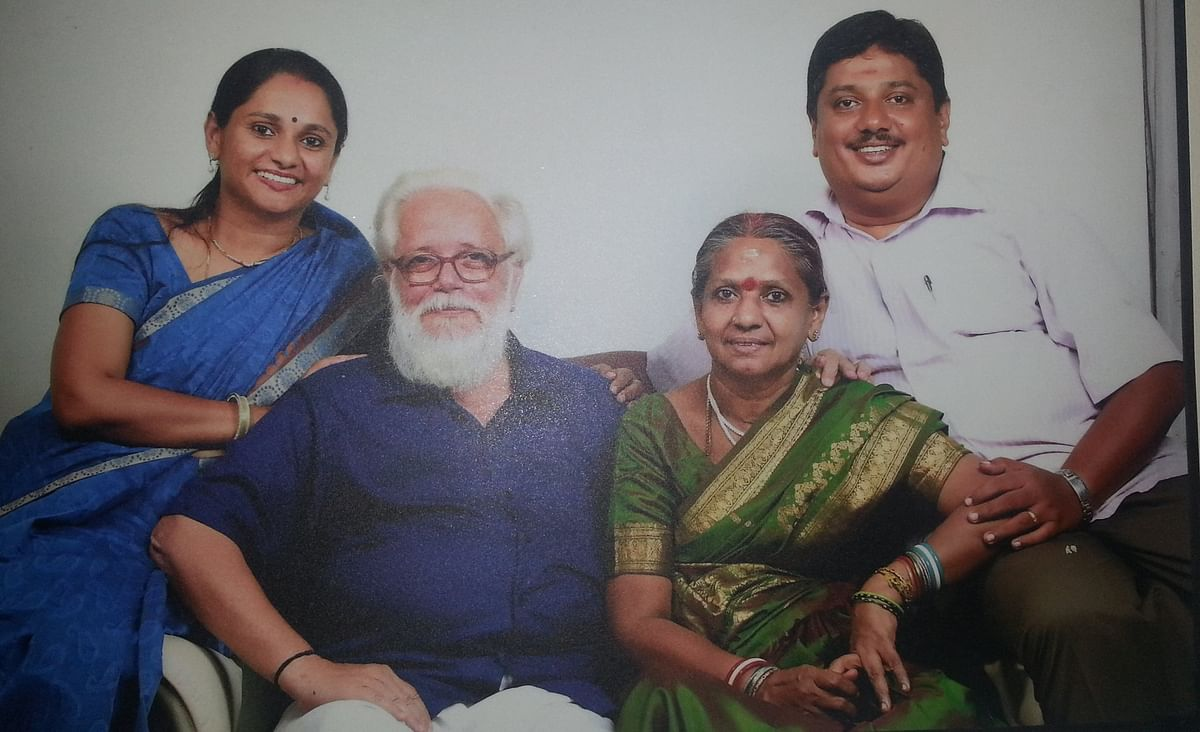 Nambi Narayanan with his wife and daughter.