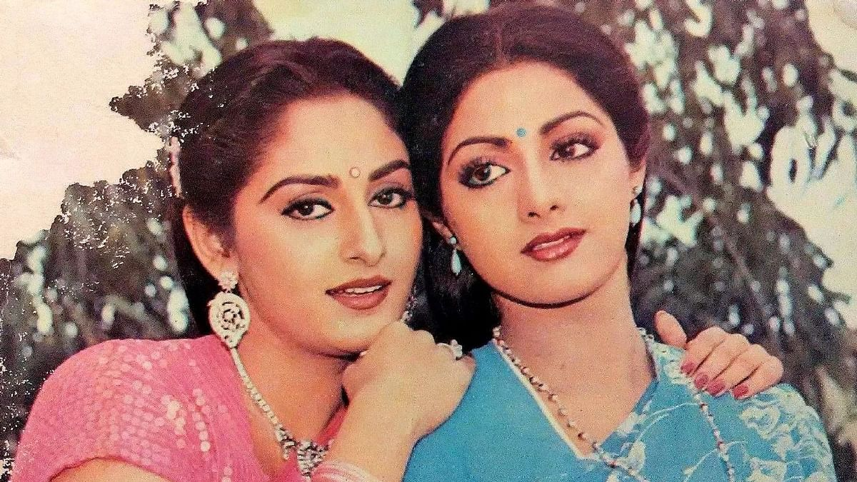 "<div class=""paragraphs""><p>Actors Jaya Prada and Sridevi</p></div>"