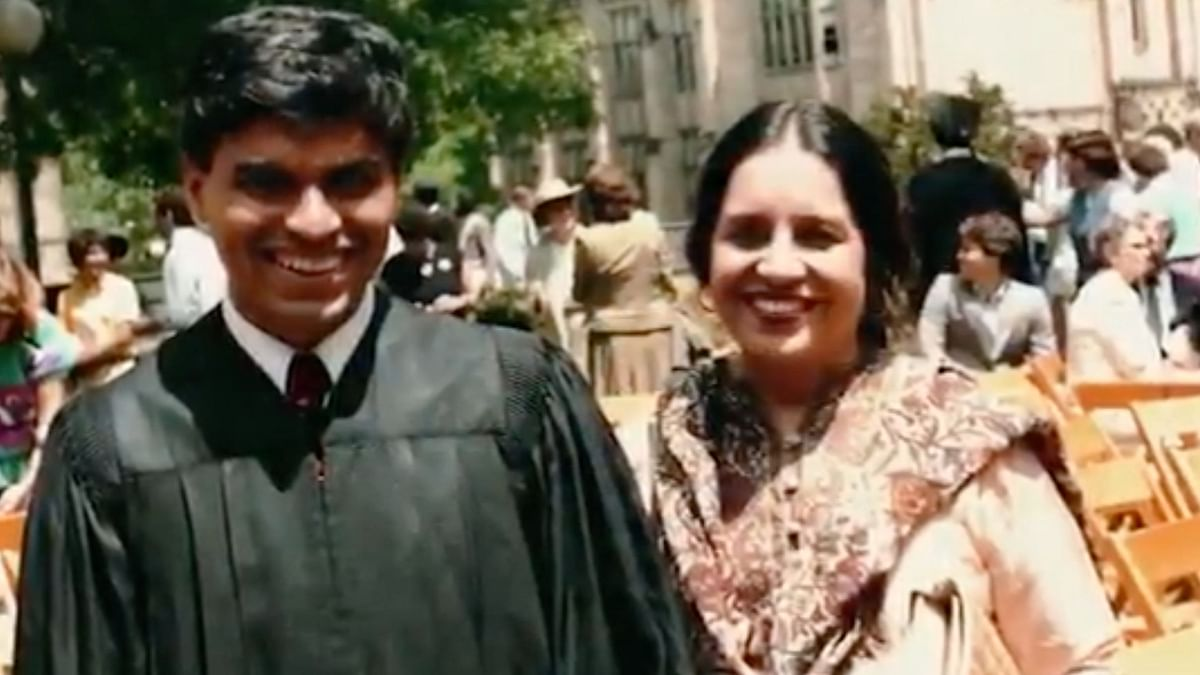 Watch: Indian-American Journalist Zakaria's Tribute to His Mother