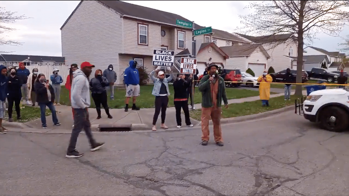 Fifty protesters gathered near the incident spot holding placards of #BlackLivesMatter to register their dissent against racism and police brutality against African Americans after an Ohio cop kills a 15-year-old girl.