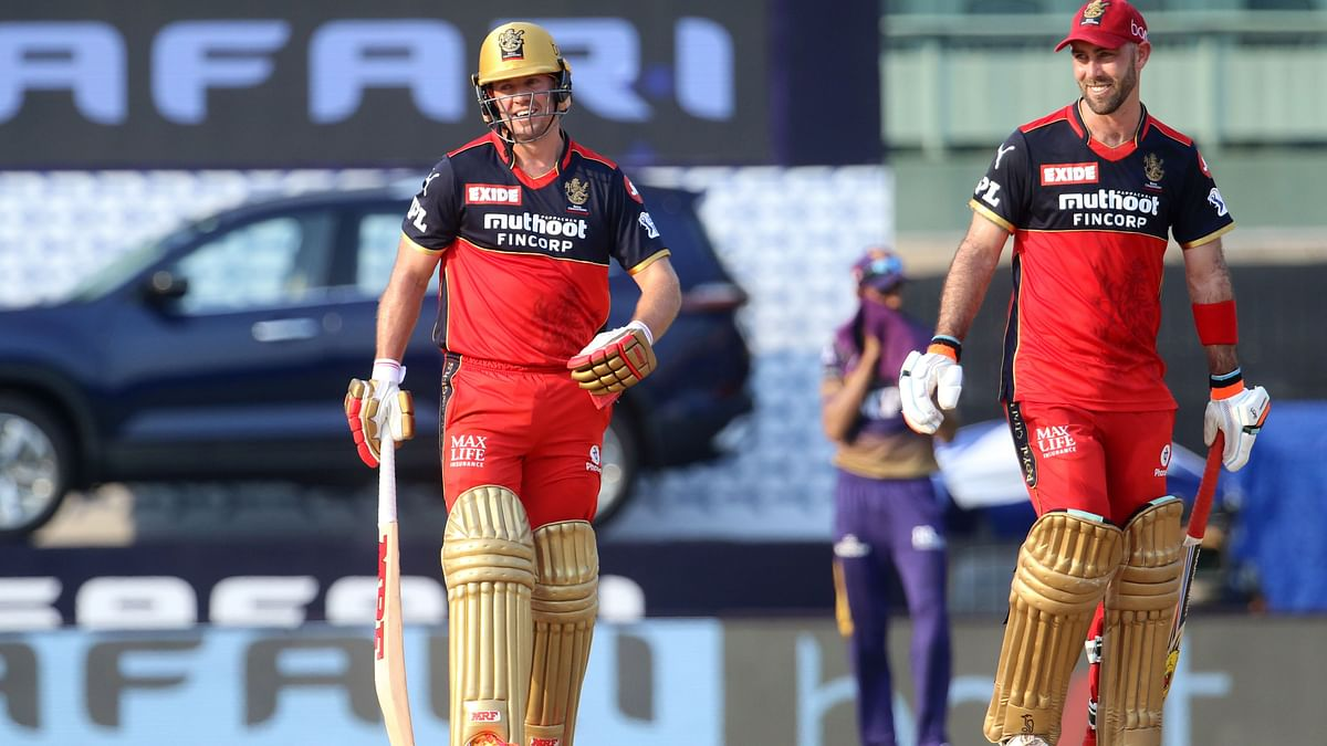 AB de Villiers and Glenn Maxwell during their partnership.