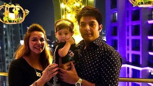 "<div class=""paragraphs""><p>Kapil Sharma with his family</p></div>"