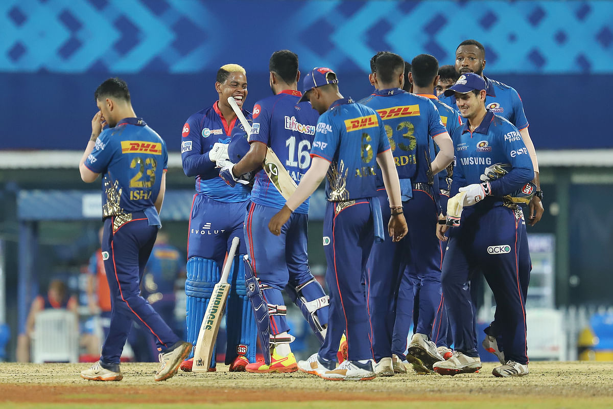 Mumbai Indians and Delhi Capitals players great each other after the match between the Delhi Capitals and the Mumbai Indians.