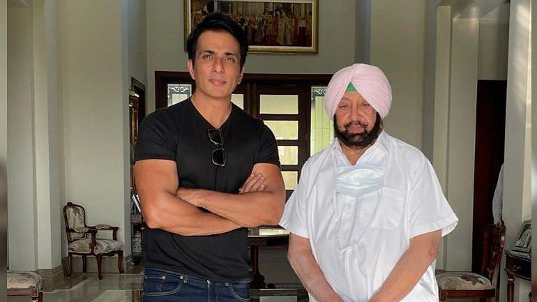 "<div class=""paragraphs""><p>Actor Sonu Sood and Punjab CM</p></div>"