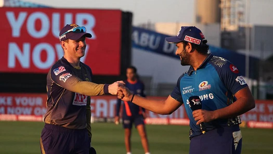 Eoin Morgan and Rohit Sharma at the toss in IPL 2020.