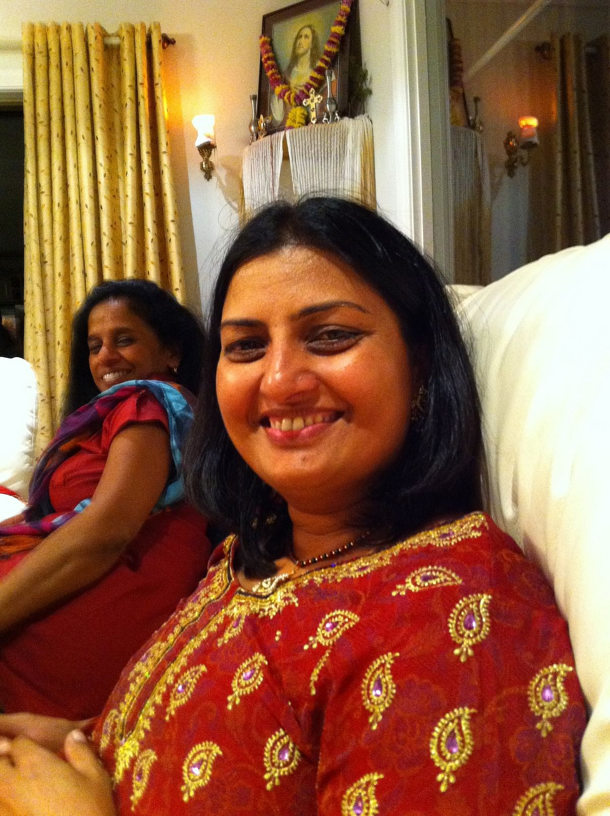"""<div class=""""paragraphs""""><p>Mandeep Kaur moved from India to New Zealand in 1994.</p></div>"""