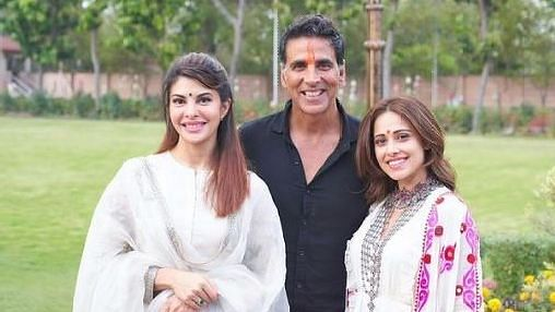 Akshay's Ram Setu Co-Stars, Nushrratt and Jacqueline, in Isolation
