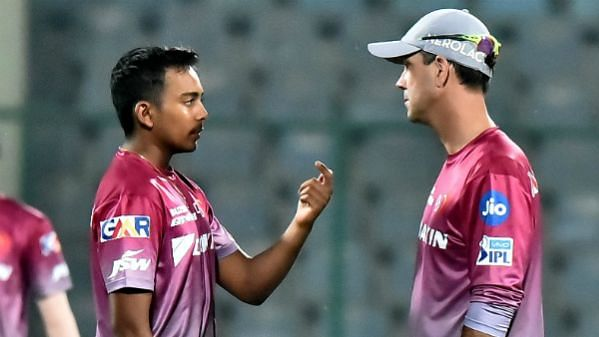 Ricky Ponting and Prithvi Shaw in conversation during training.