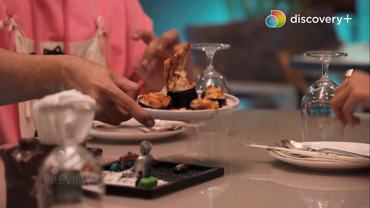 "<div class=""paragraphs""><p>The Crab Sushi at Mizu, Bandra</p></div>"