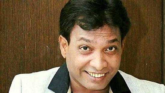 """<div class=""""paragraphs""""><p>Comedian Sunil Pal.</p></div>"""
