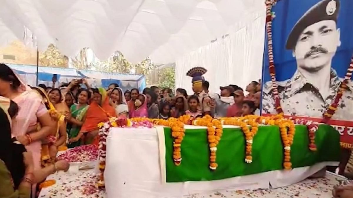 Bijapur Naxal Attack: Martyrs Receive Emotional Farewell