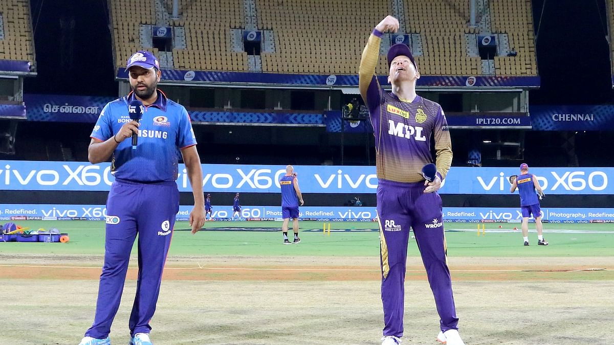 Eoin Morgan and Rohit Sharma at the toss for KKR and MI respectively.