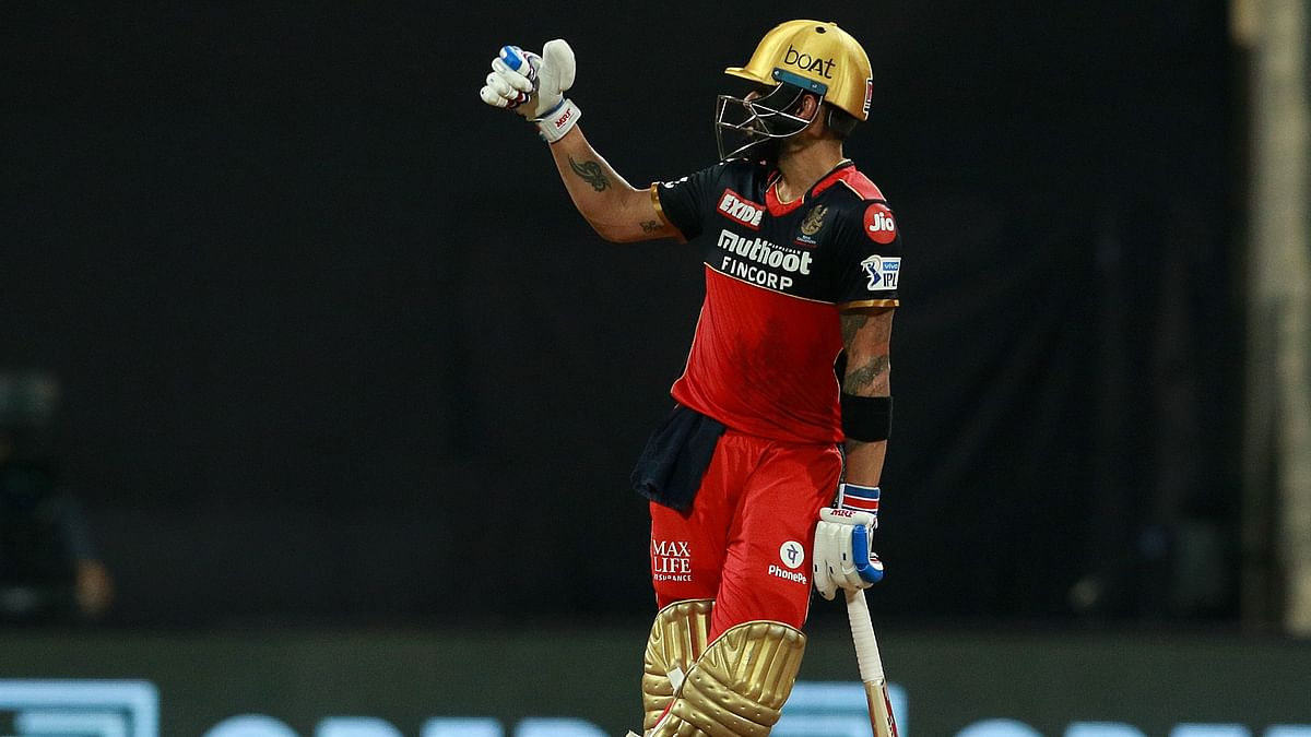 Virat Kohli Becomes First to Reach 6,000 Runs in IPL History