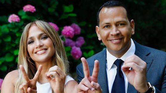 """<div class=""""paragraphs""""><p>Jennifer Lopez and Alex Rodriguez</p></div>"""