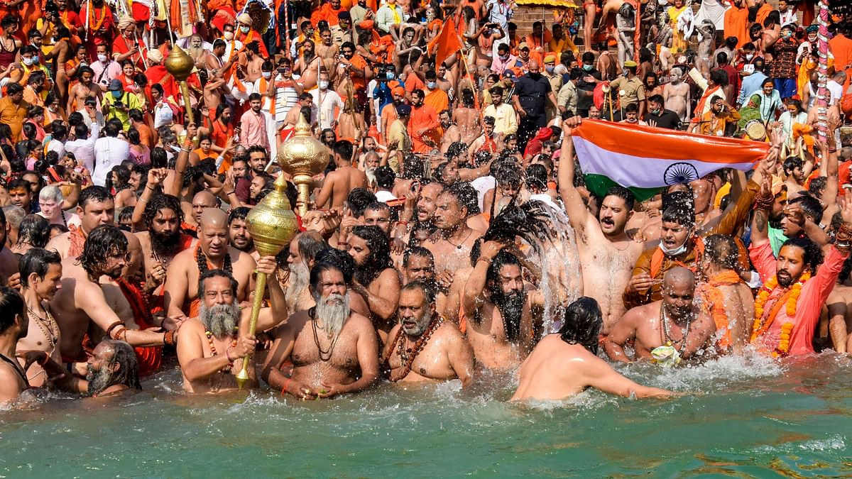 After PM's 'Symbolic' Appeal, Juna Akhara Ends Kumbh Mela