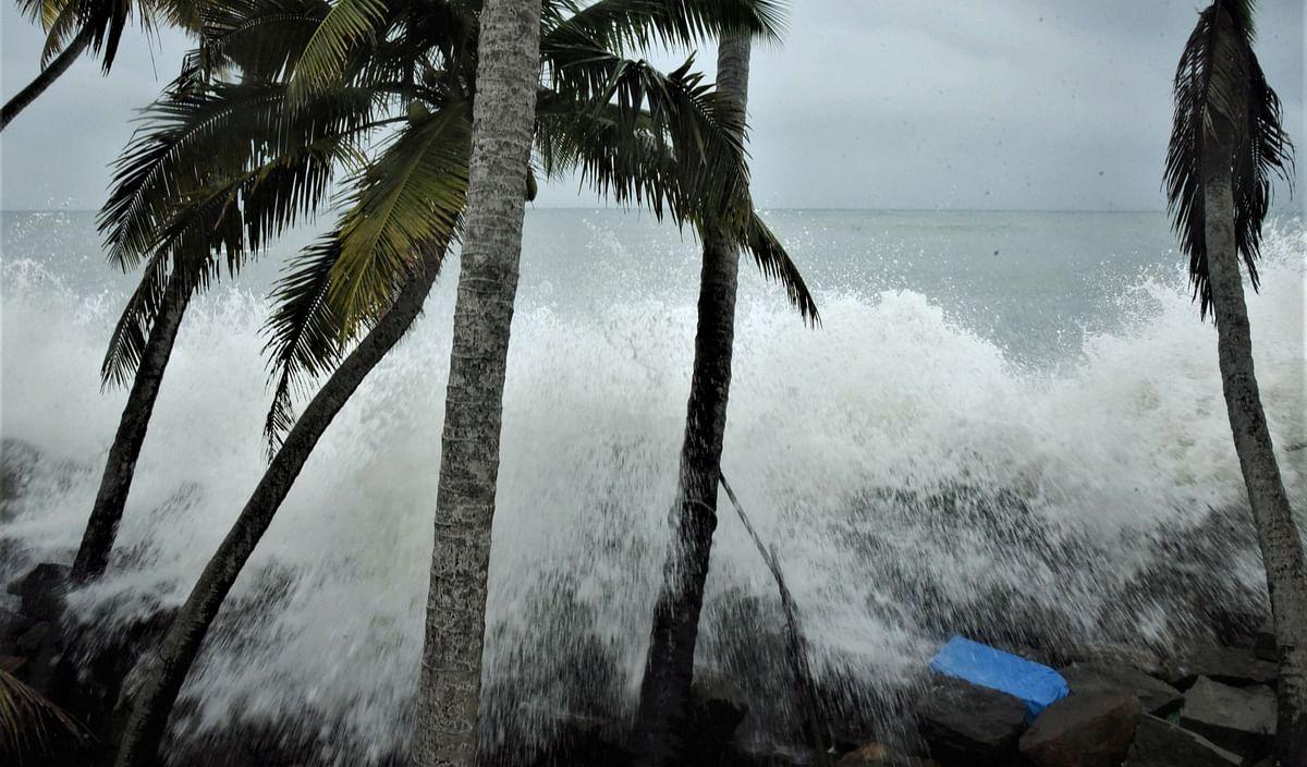 Kochi: High sea waves lashing during heavy rains at a coast in Kochi