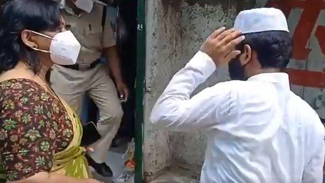 MP: Shajapur ADM Slaps Shopkeeper for Violation of COVID Curbs