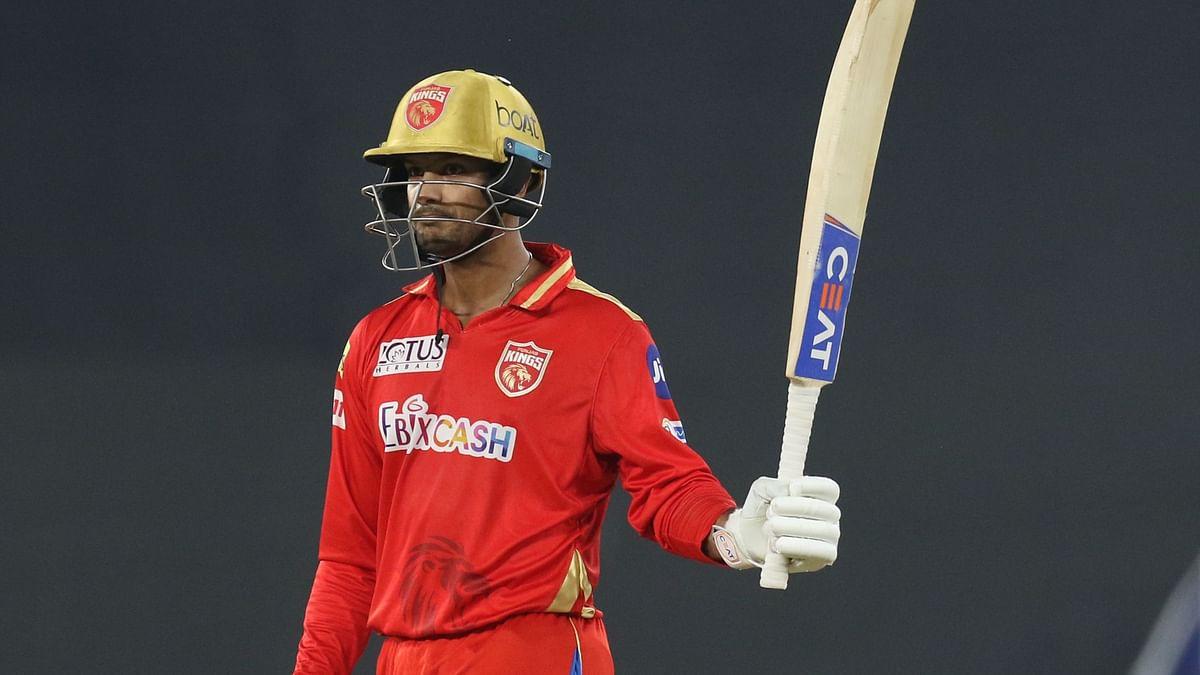 Mayank Agarwal Smashes 99 off 58 as Punjab Post 166/6 vs DC