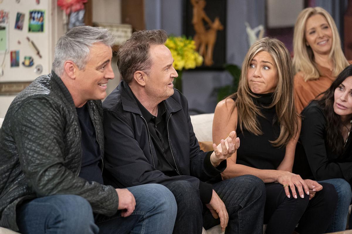 The cast of <em>Friends </em>at the reunion<em>.</em>