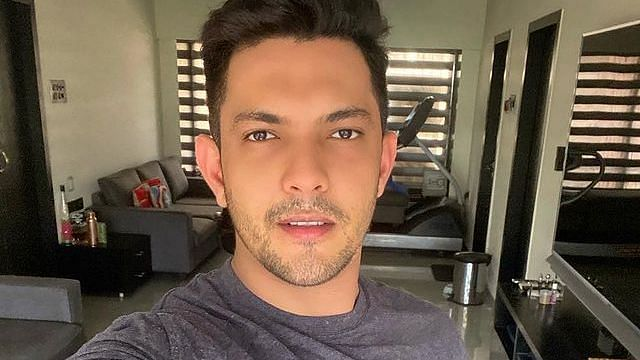 """<div class=""""paragraphs""""><p>Aditya Narayan is the host on the singing reality show Indian Idol Season 12</p></div>"""