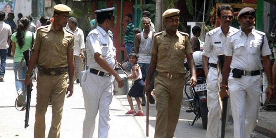 Kolkata Cops Looking for  Scribe Booked for Abduction, Extortion