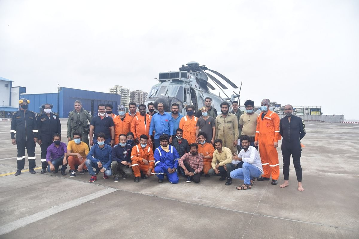 137 crew of GAL Constructor.