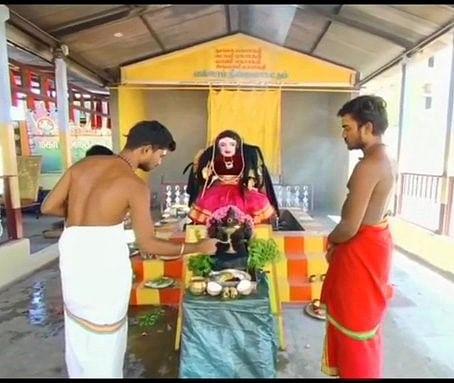 "<div class=""paragraphs""><p>Priests offering prayer to Corona Devi in Tamil Nadu</p></div>"