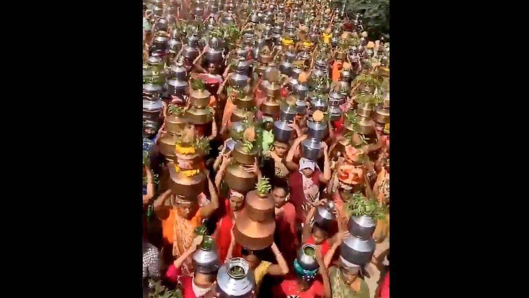 Gujarat: Defying COVID Norms, Devotees Gather at Baliyadev Temple