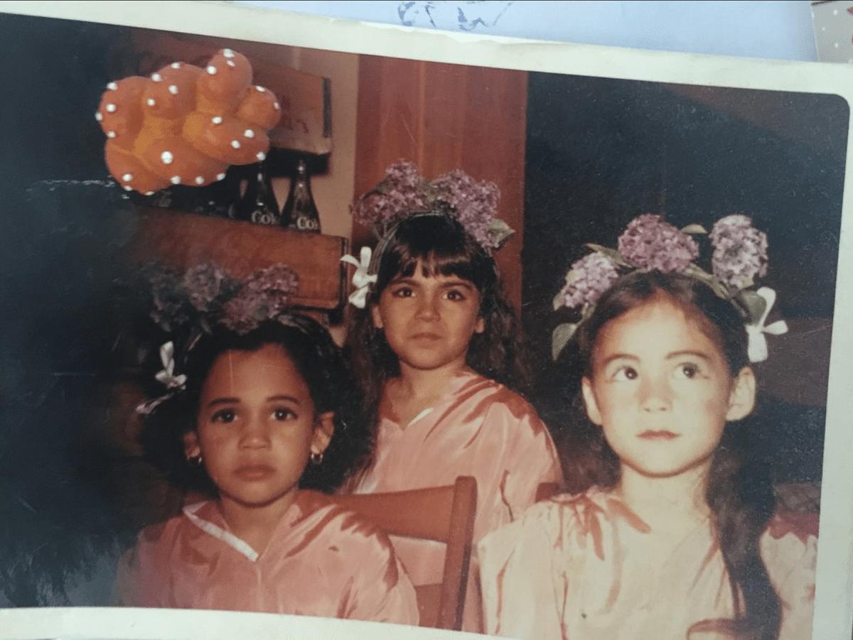 Dr Bissell's daughter Yalda T Uhls with Kamala Harris and Maya Harris.